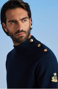 Picture of MeN SWEATER WITH GOLD BUTTON